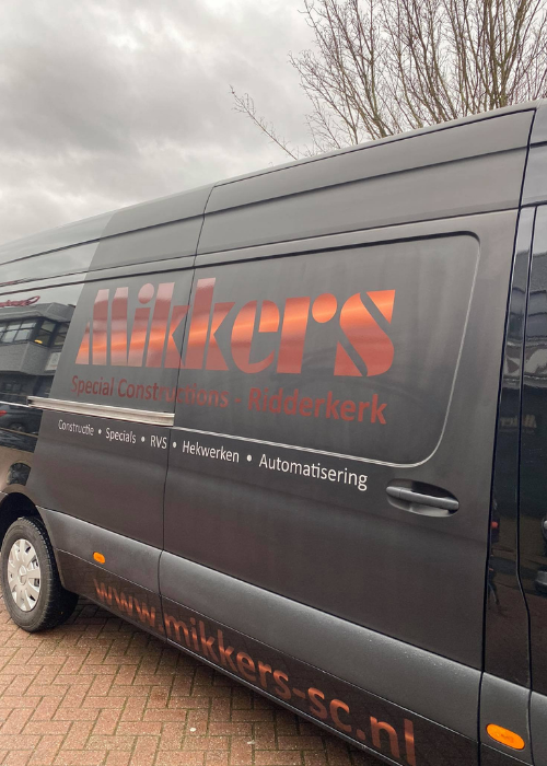 Mikkers special constructions bus